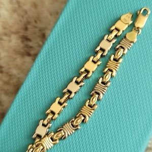 10k gold two tone bracelet. White and yellow gold.